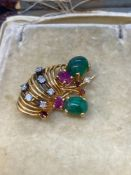 4.00ct Emerald, 0.70ct Ruby & 0.40ct Diamond Brooch - Rose Metal Tested as 18ct Gold - 6.5 Grams