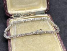 9ct WHITE GOLD 7.00ct DIAMOND BRACELET