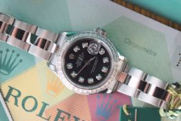 ROLEX Oyster Perpetual 'Datejust' - Stainless Steel *2006 Paris FULL SET*