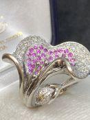 18ct GOLD LILY 1.50ct G/VS DIAMOND & 1.00ct PINK SAPPHIRE SET RING - 16 GRAMS