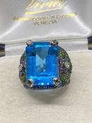 Fine 18ct Gold 10.00ct AA Blue Topaz with Sapphires, Diamonds etc - 11 Grams