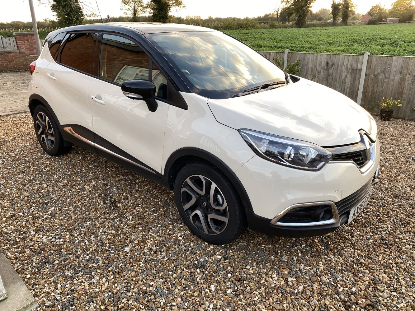 *ENDING NOW* - AUCTION INC 2 X CARS FROM THE EXECUTOR INC 2016 RENAULT CAPTUR 8k MILES, SAFE DEPOSIT LOTS, LUXURY & ANTIQUE JEWELLERY +  WATCHES