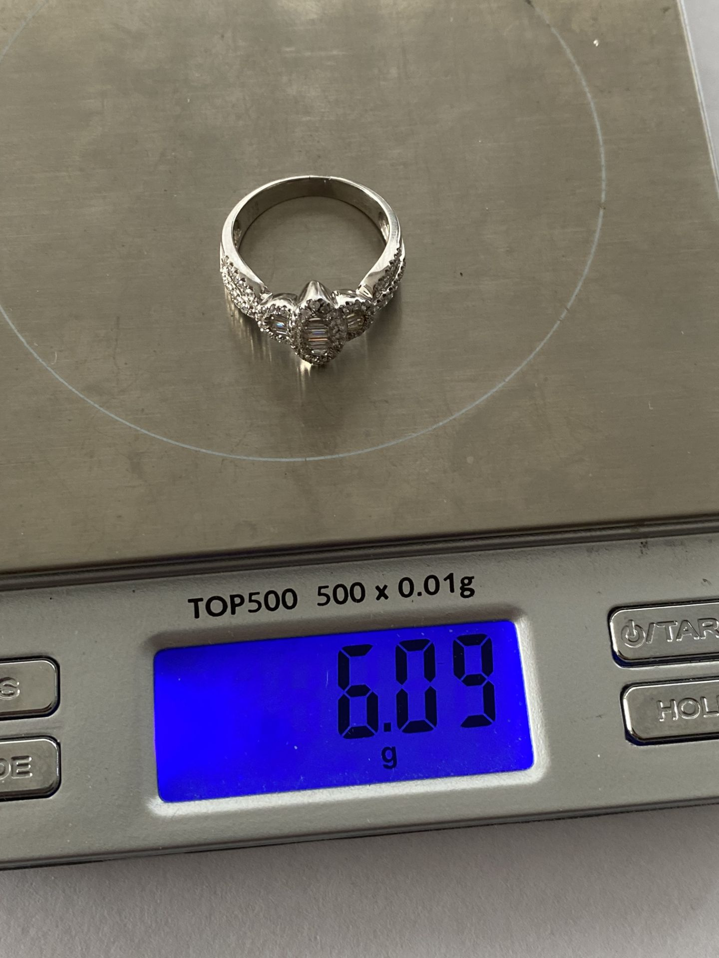 0.69ct DIAMOND MARQUISE SHAPED RING SET IN WHITE GOLD - Image 2 of 6