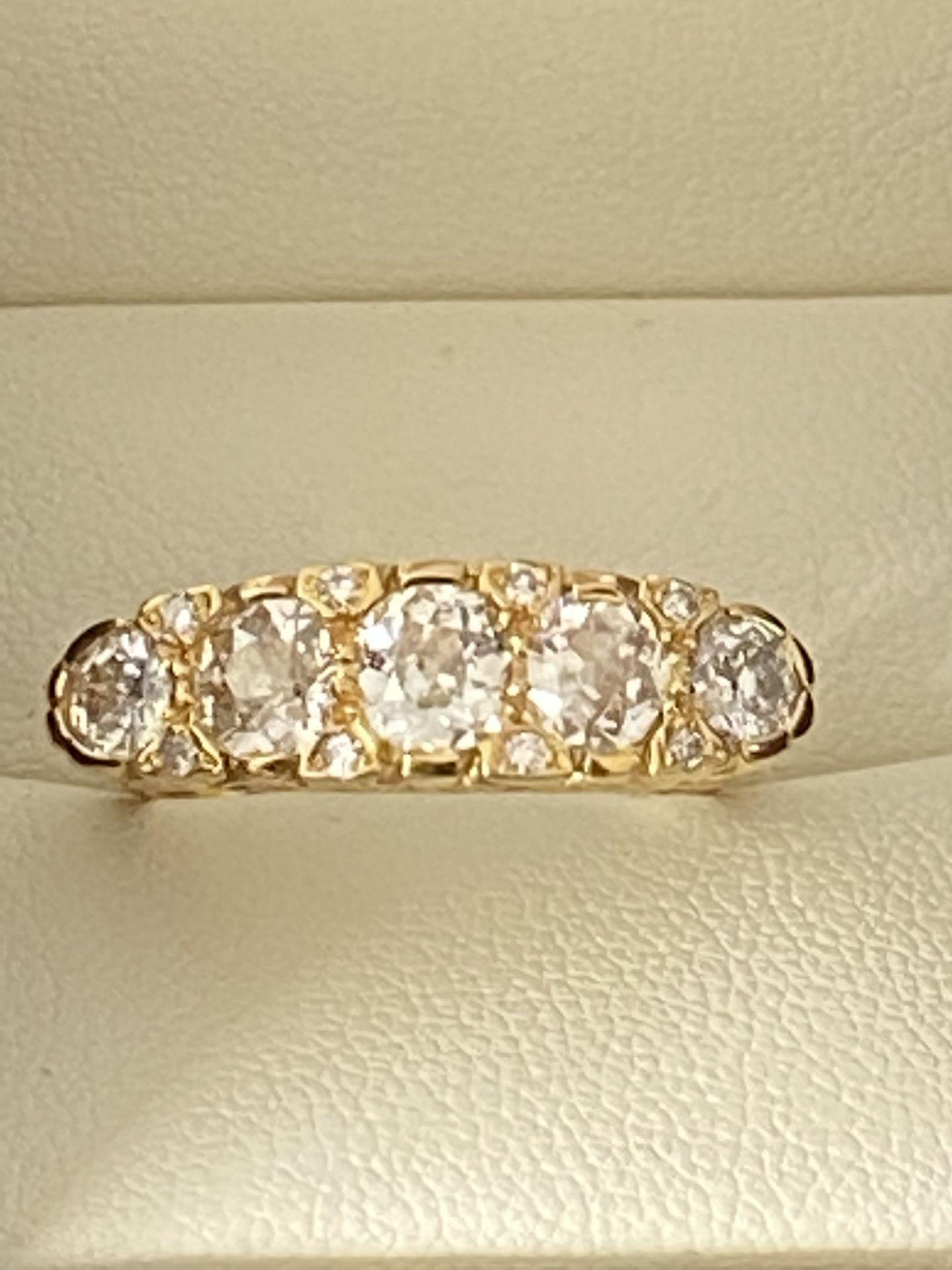 FINE 18ct YELLOW GOLD 2.00ct 5 STONE DIAMOND RING