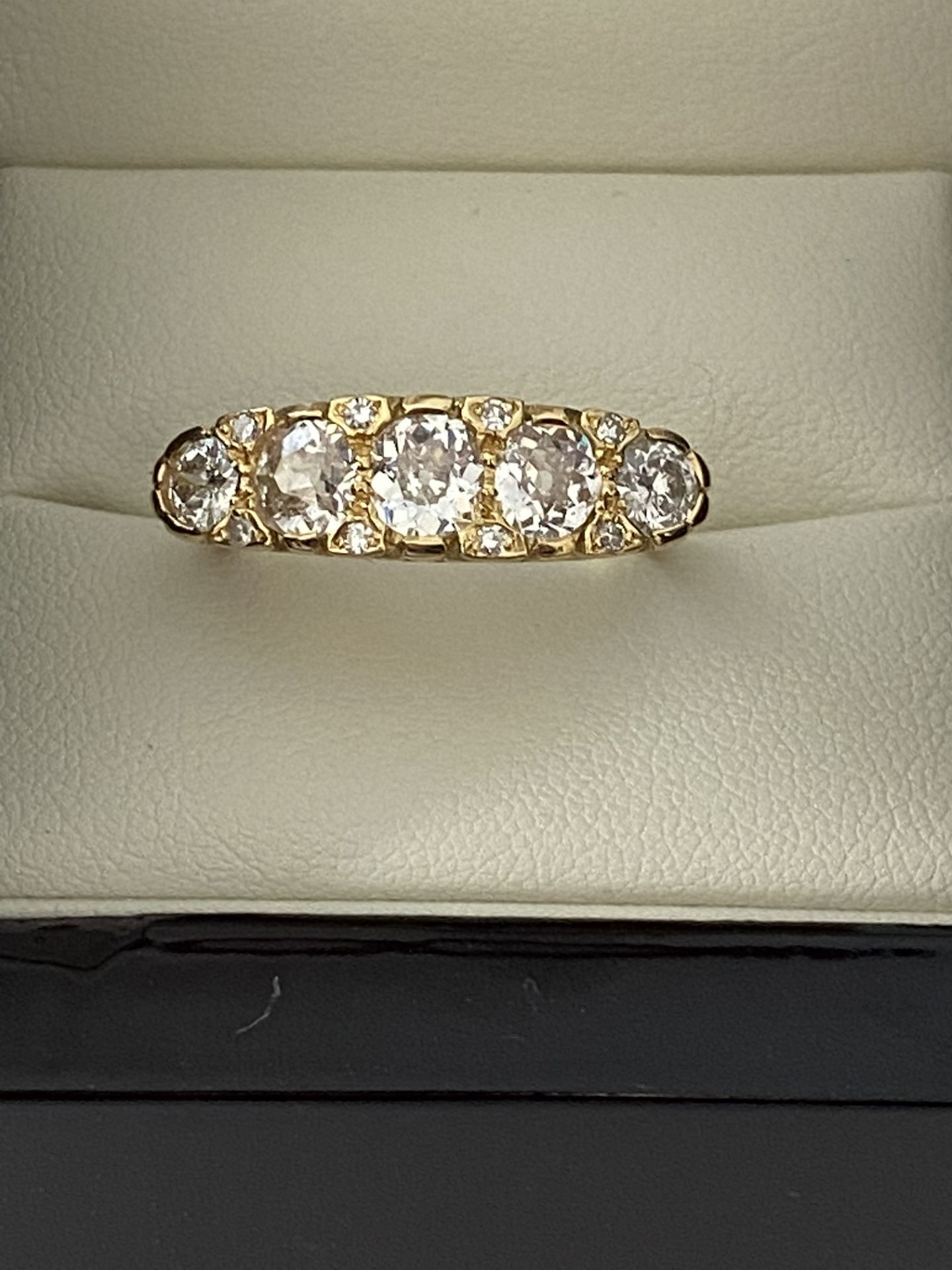 FINE 18ct YELLOW GOLD 2.00ct 5 STONE DIAMOND RING - Image 7 of 15