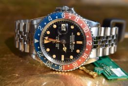 *Vintage* VERY RARE 1968 Rolex GMT Master Pepsi Ref. 1675 'Red Back, Fat Serif'