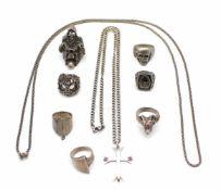 1 Posten Silberschmuck Gewicht: 147,7 g, Ringgrößen: 58 - 60 und 1 Ring 67 1 lot silver jewelry