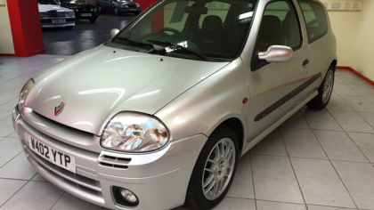 Lot 621 - 2000 Renault Clio II RS (172 Phase 1)