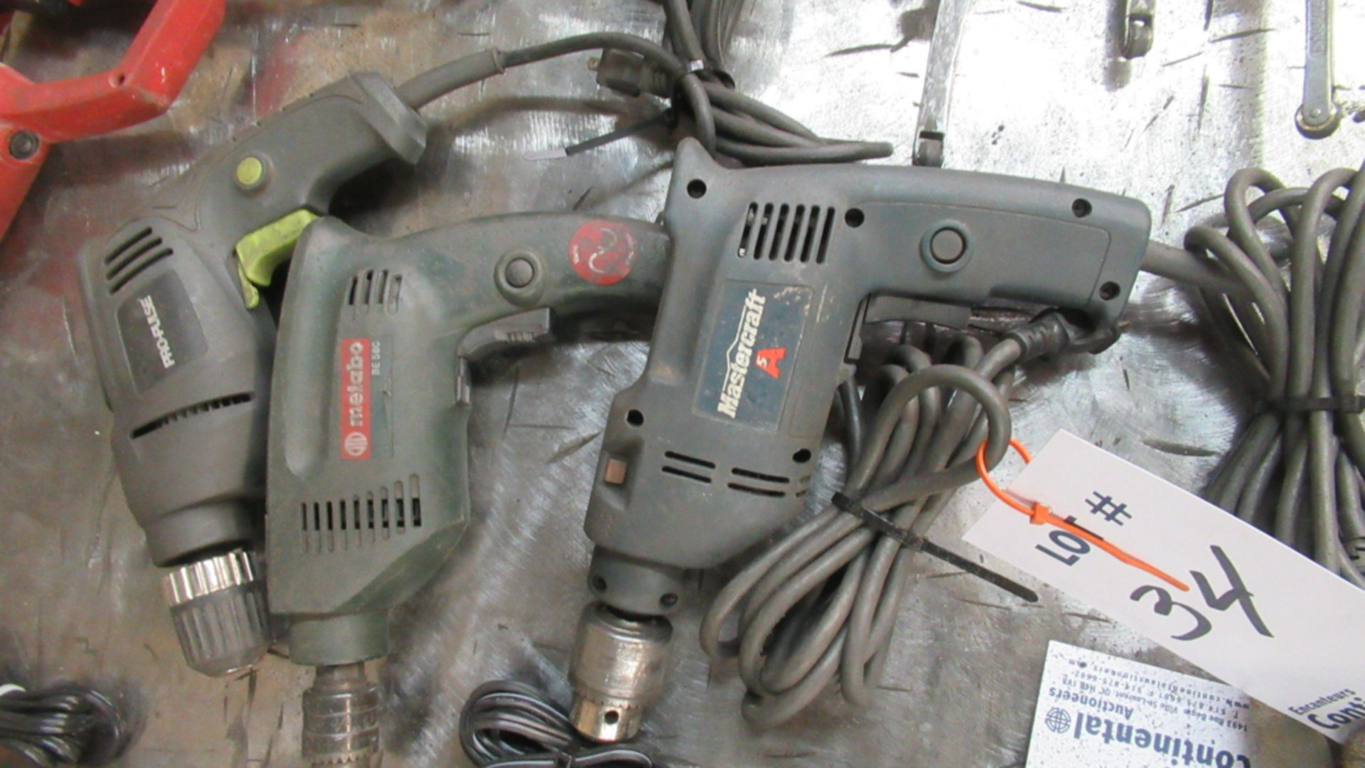 Lot 34 - ASSORTED ELECTRIC DRILLS