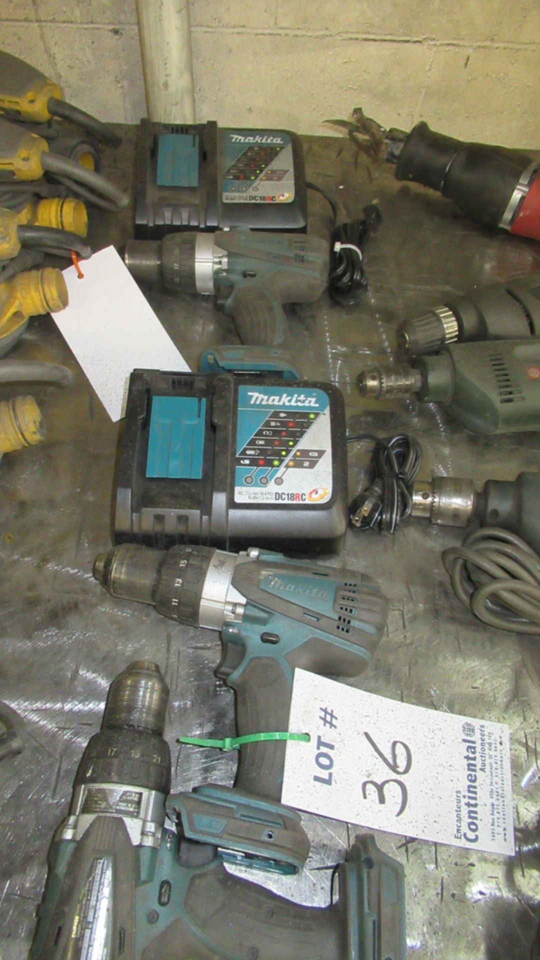 Lot 36 - LOT OF 3 MAKITA BATTERY DRILLS W/ CHARGERS