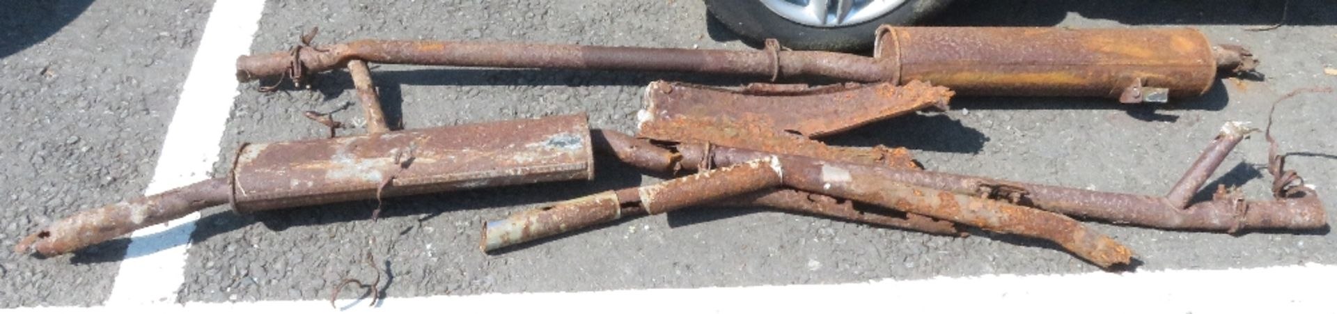 Lot 124 - Daimler 250, Reg no ROK 300G, totally deralict vehicle, barn find, in fact the barn collapsed on top