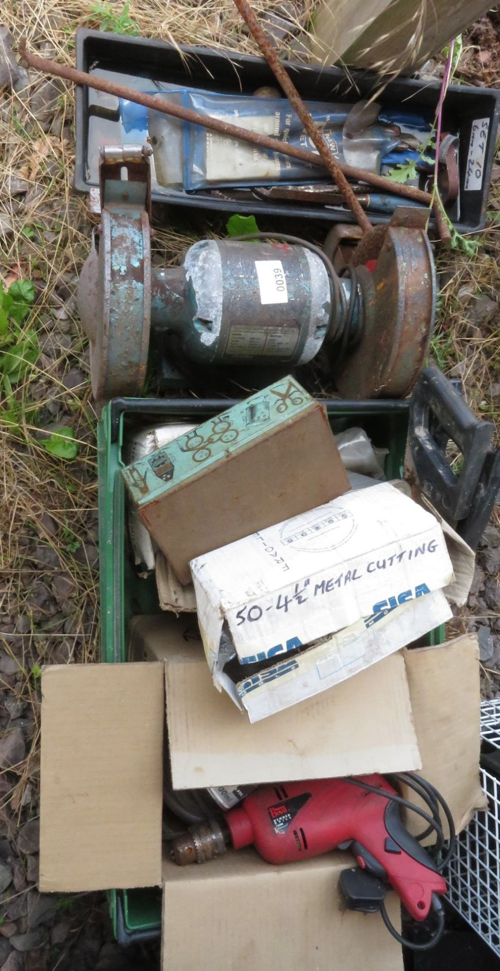 Lot 39 - Bench grinder plus box of assorted tools and equipment