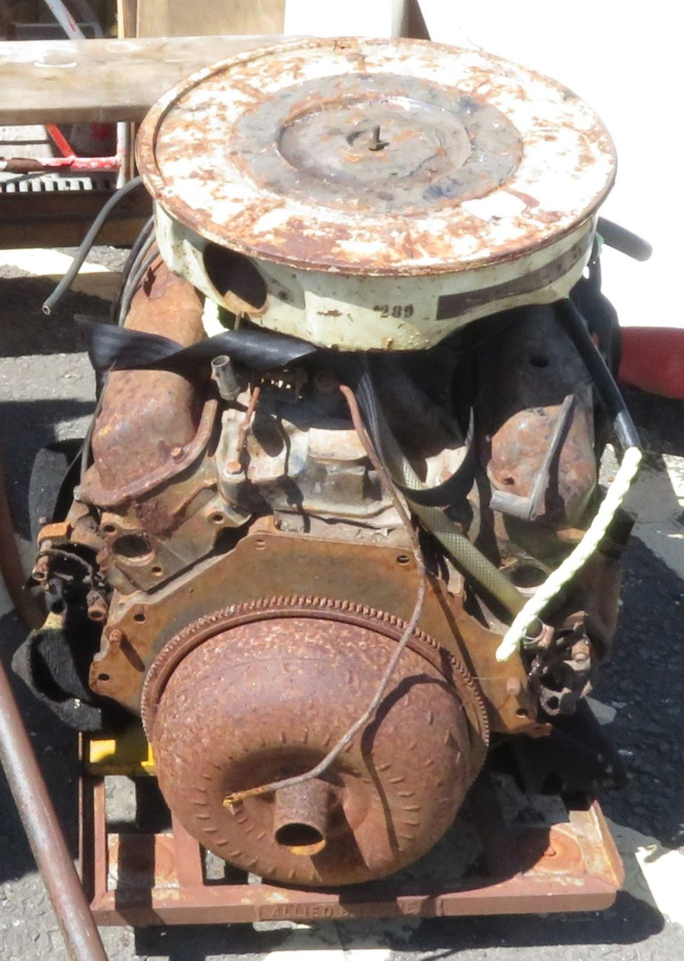 Lot 7 - Ford V8 small block engine 289 for restoration or spares