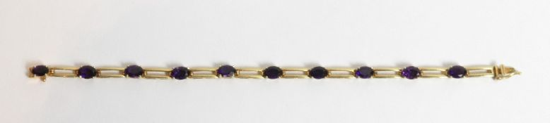 An amethyst set bracelet, stamped 'K14' to the clasp, 18 cm long, 10.3 g gross
