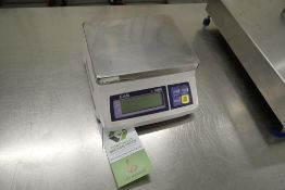 CAS SW-50 digital scale