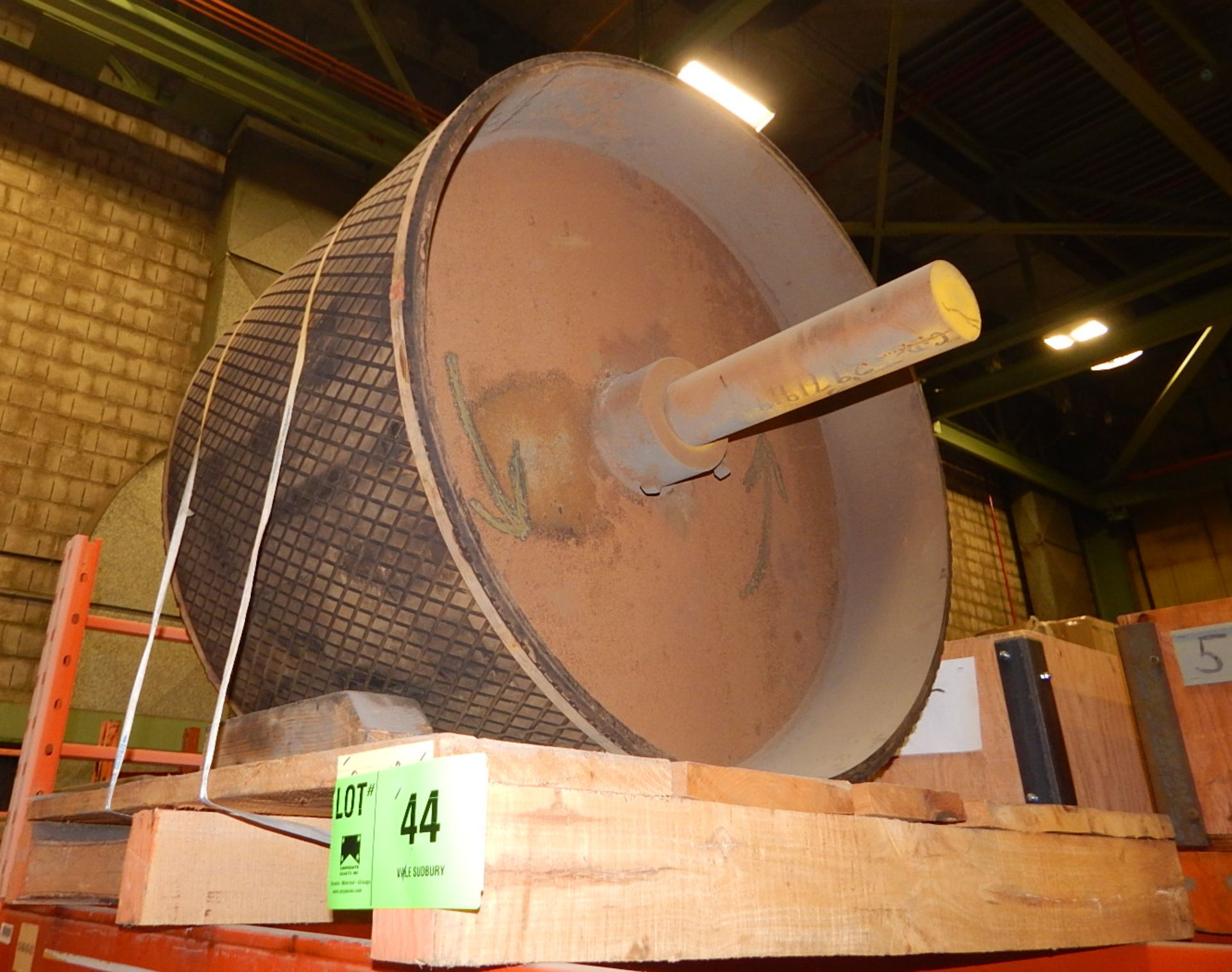 Lot 44 - LOT/ PULLEY