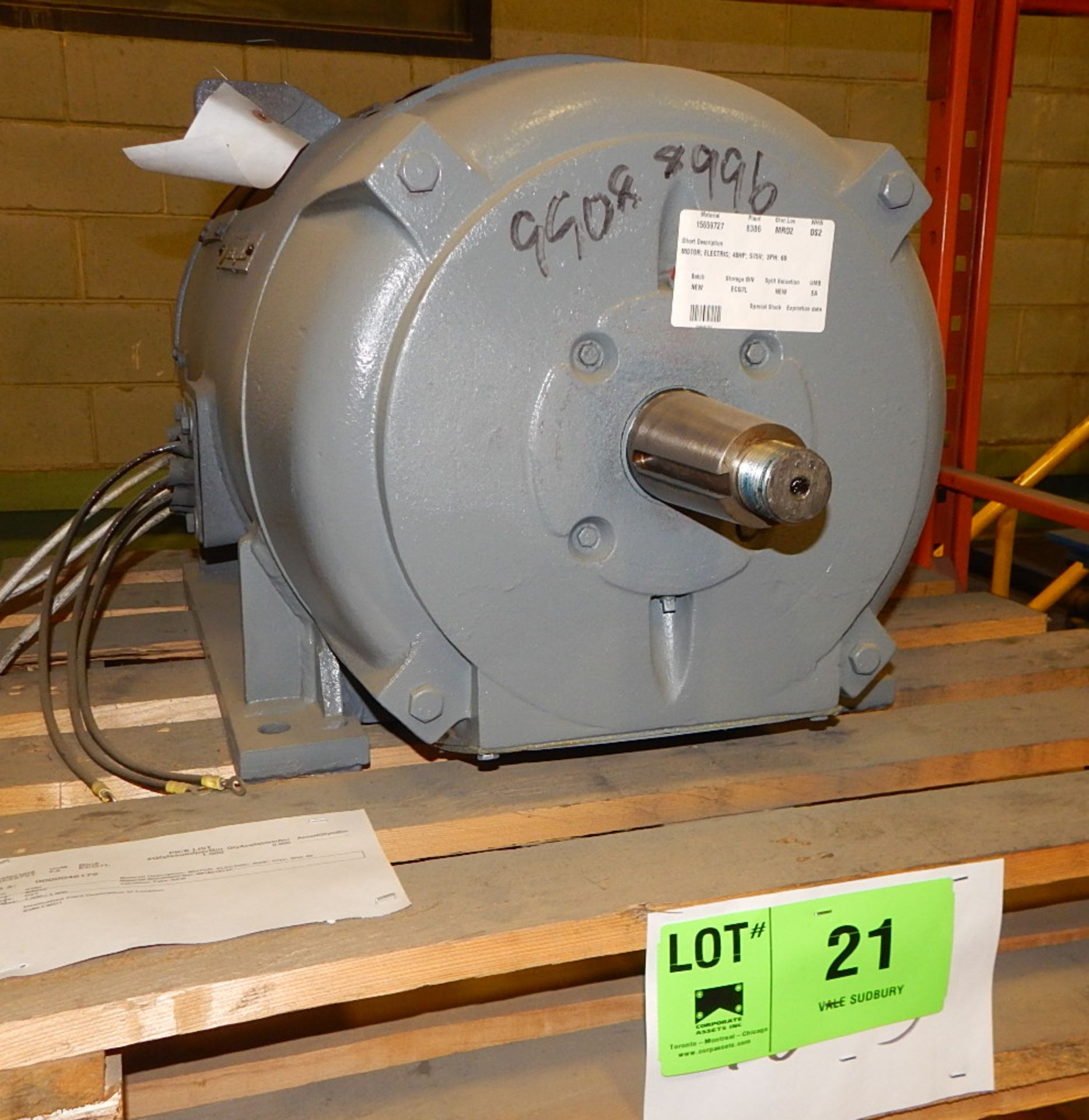 Lot 21 - WESTINGHOUSE 40HP/575V/3PH ELECTRIC MOTOR (CMD)