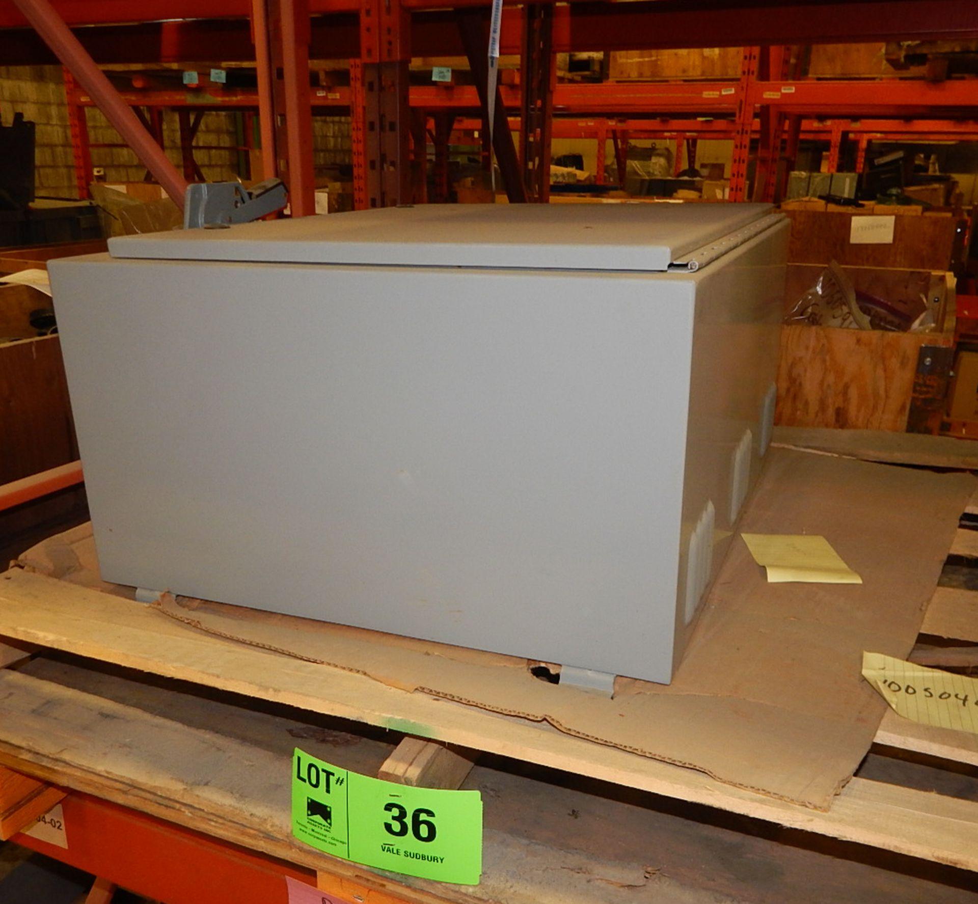 Lot 36 - LOT/ ELECTRICAL BOX (CMD)