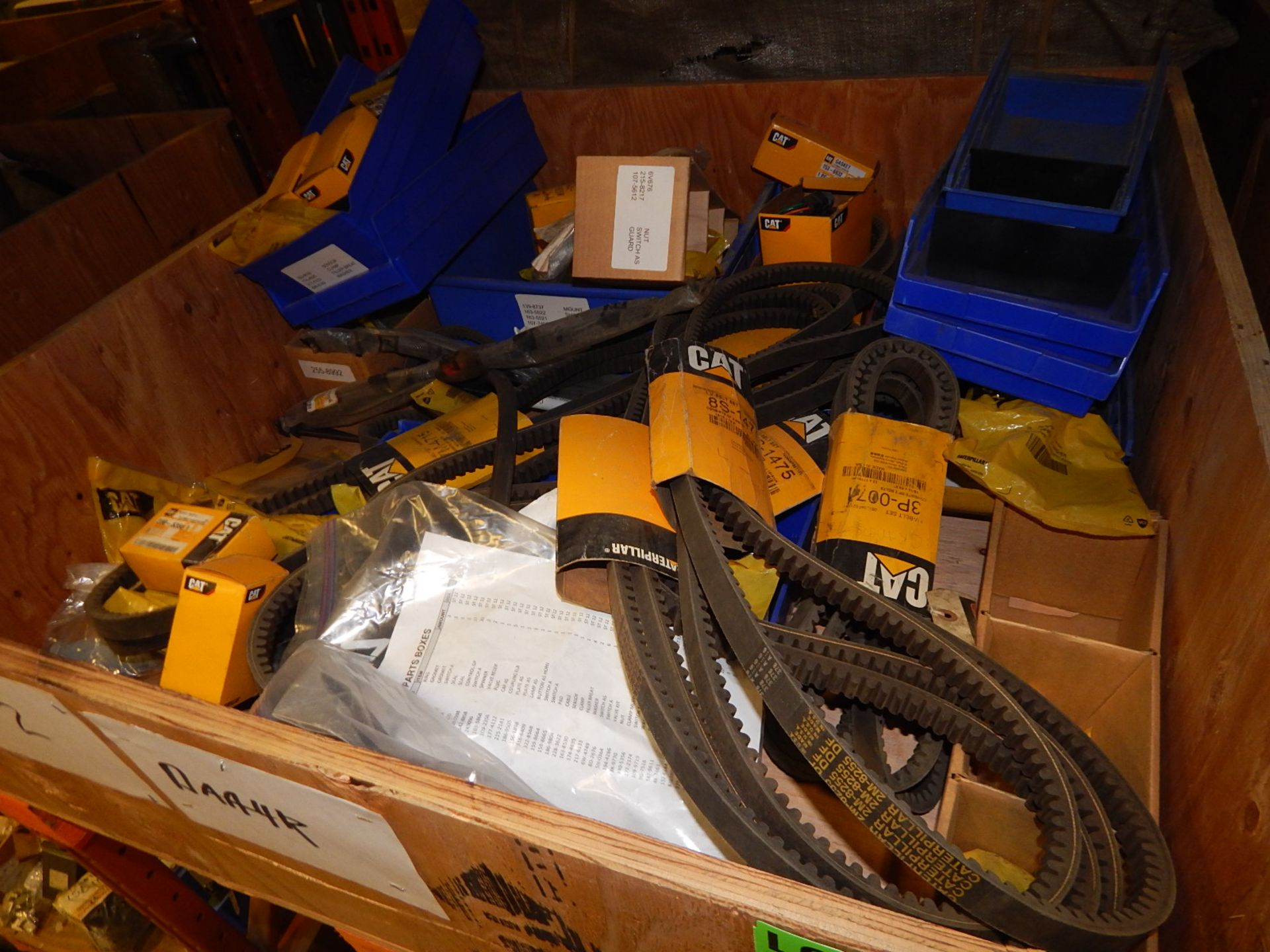Lot 58 - LOT/ CAT MISC PARTS AND BELTS (CMD)