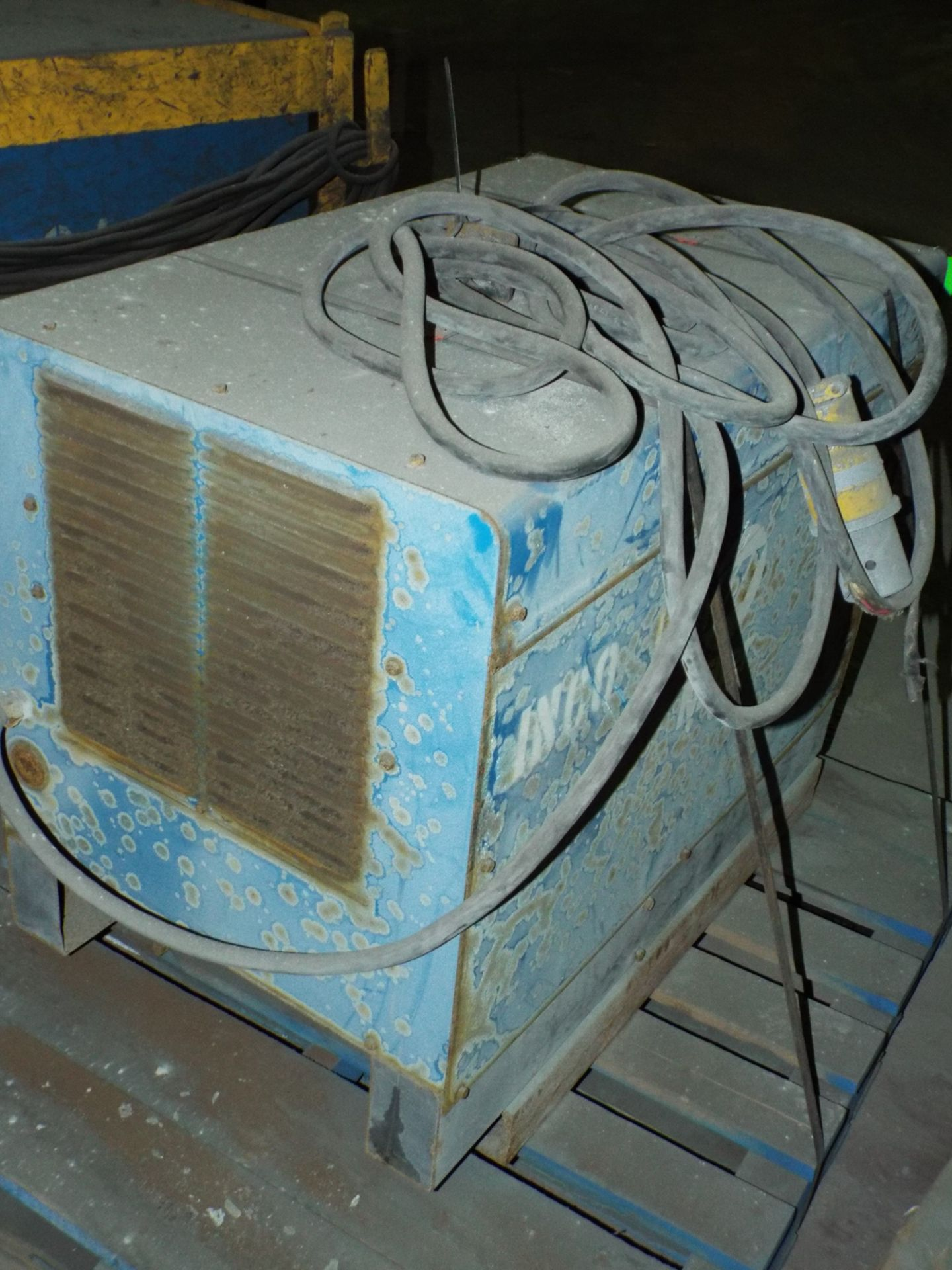 Lot 6 - MILLER INTELLIWELD 650 WELDING POWER SOURCE WITH CABLES, S/N: N/A