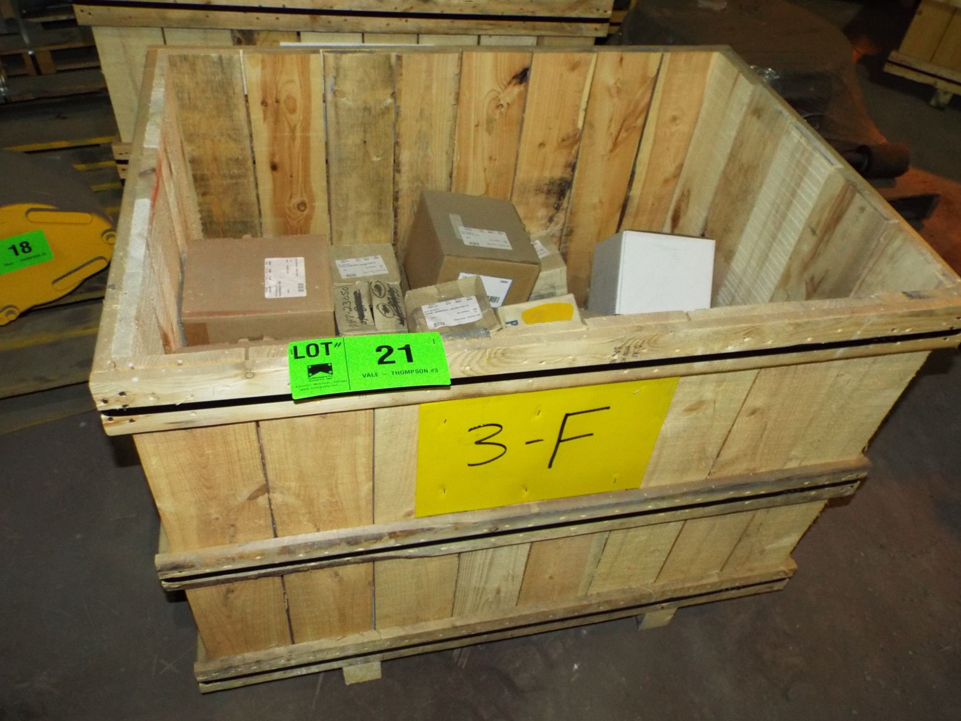Lot 21 - LOT/ CONTENTS OF CRATE INCLUDING BUT NOT LIMITED TO (1) DEUTZ SERIES 413 ENGINE FLYWHEEL, (9)