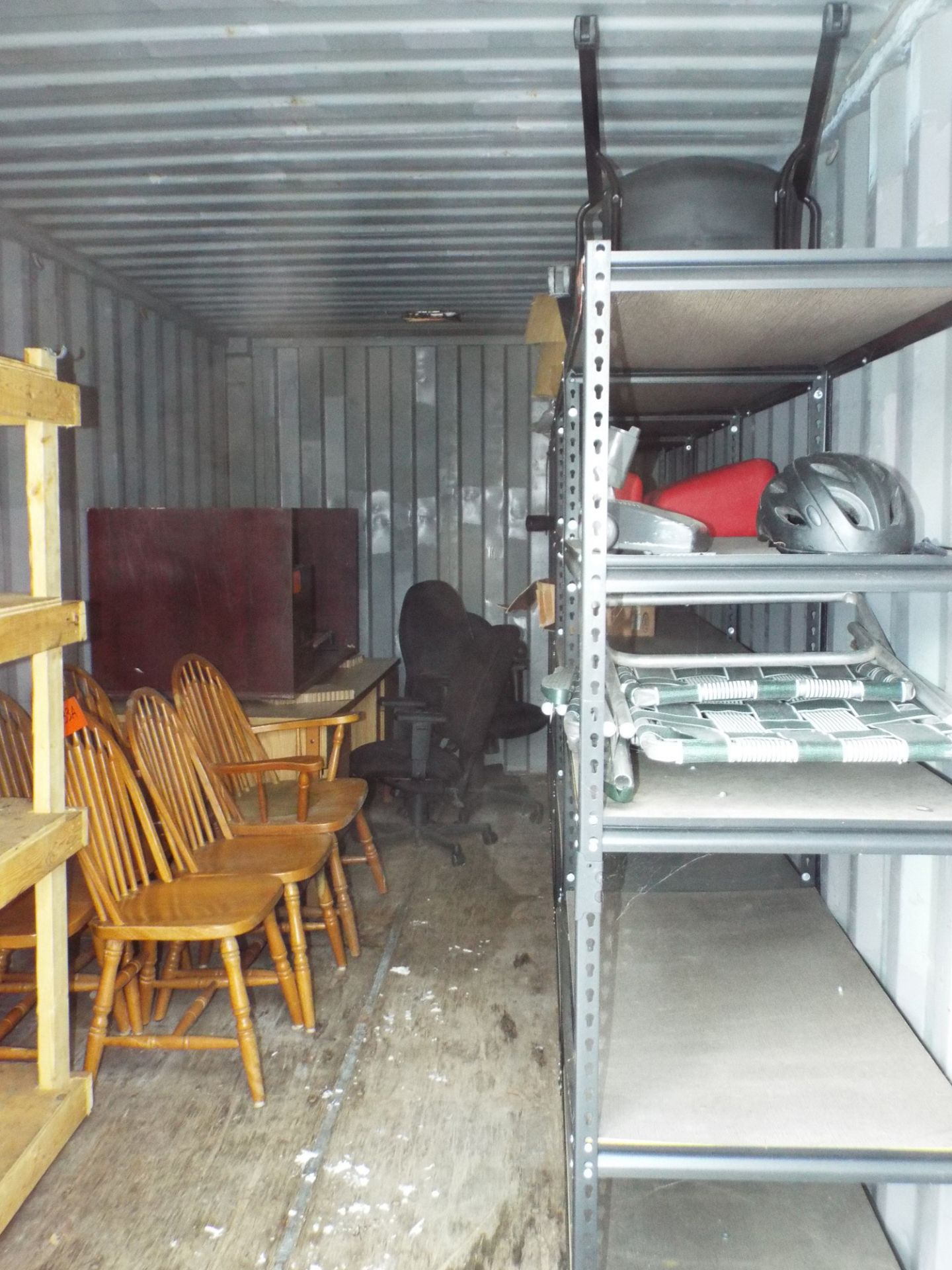 """Lot 28 - GENSTAR SEA CONTAINER 239""""X96""""X102""""H, S/N: 528631 4 (OUTSIDE) (CI)"""