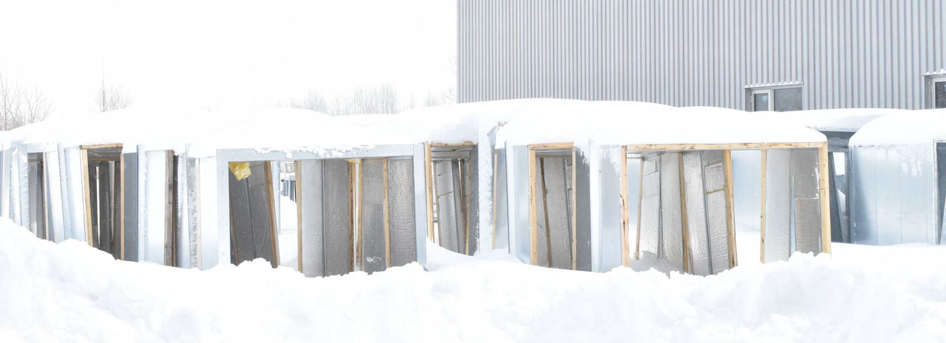 Lot 538 - LOT/ WALL PANEL FRAMES (IN YARD) (LOCATED AT 5500 RUE YVON TRUDEAU, BECANCOUR, QC, G9H 2V6)