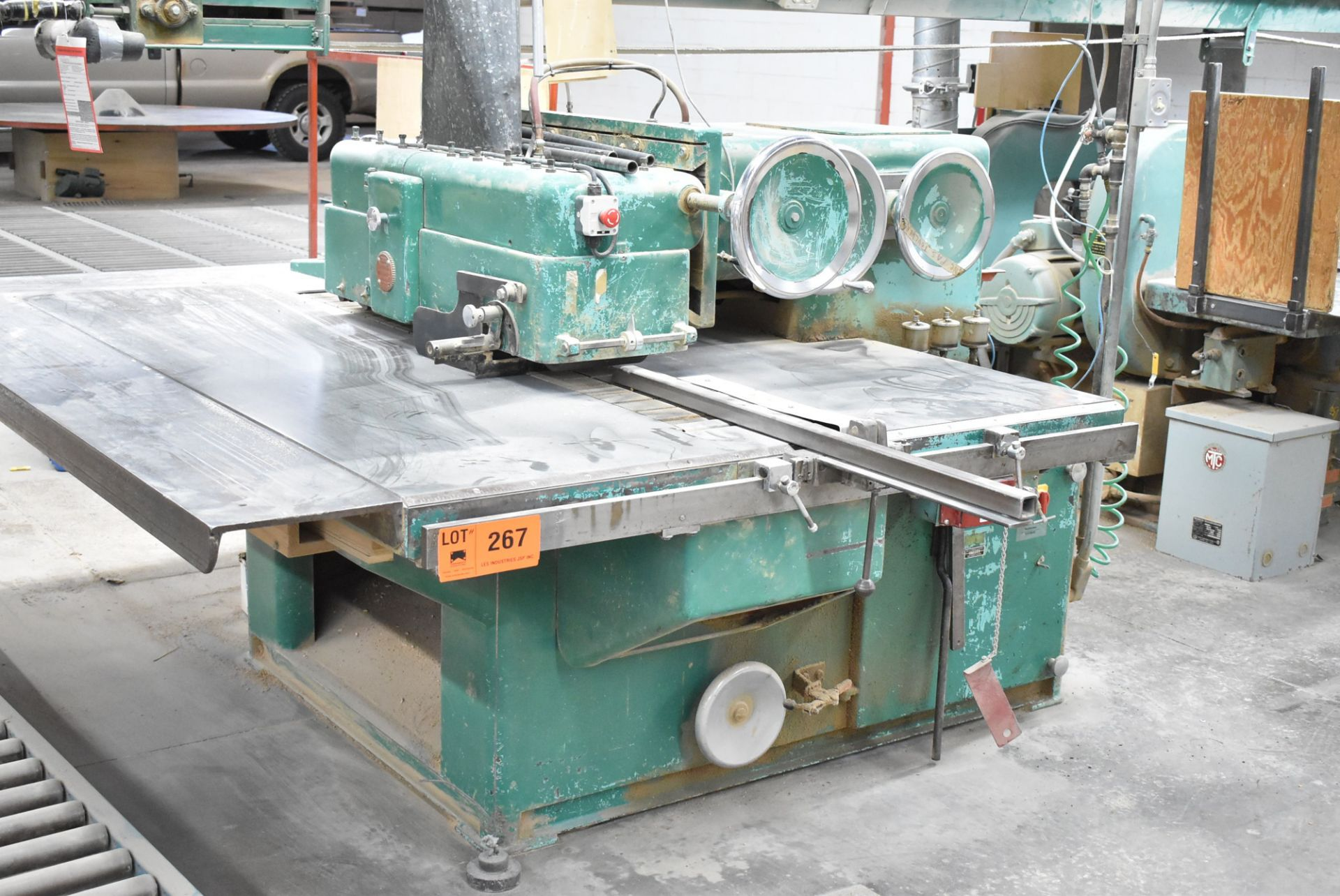 Lot 267 - LACASSE MODEL 69 RIP SAW, S/N: 186 (CI) [RIGGING FEES FOR LOT #267 - $750 CDN PLUS APPLICABLE