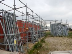 LOT/ SCAFFOLDING RACK WITH CONTENTS INCLUDING RING-LOCK STANDARDS AND LEDGERS