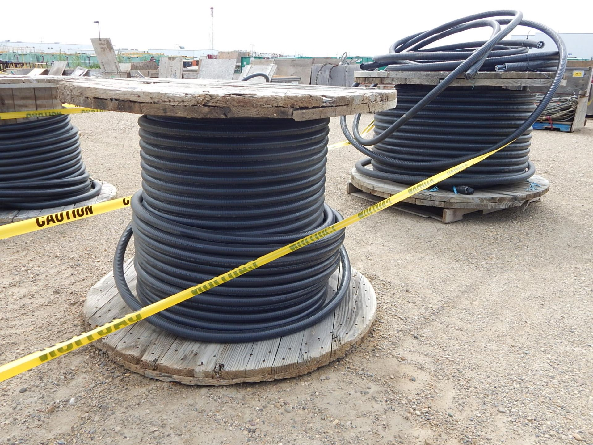 LOT/ REELS OF ASSORTED ELECTRICAL CABLE - Image 4 of 4