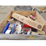 LOT/ CONTENTS OF CRATE CONSISTING OF ELECTRICAL AND LIGHTING HARDWARE