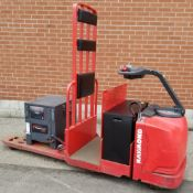 RAYMOND (2008) 8500 24V ELECTRIC RIDE-ON PALLET TRUCK WITH 6000 LB. CAPACITY, 6696 HOURS (RECORDED