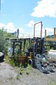 LOT/ (6) LPG FORKLIFTS (PARTS MACHINES-NOT IN SERVICE) [RIGGING FEES FOR LOT #857 - $350 USD PLUS
