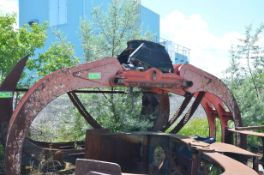 W.B.M SPARE HYDRAULIC LOG GRAPPLE [RIGGING FEES FOR LOT #852 - $150 USD PLUS APPLICABLE TAXES]
