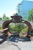 W.B.M SPARE HYDRAULIC LOG GRAPPLE [RIGGING FEES FOR LOT #856 - $150 USD PLUS APPLICABLE TAXES]