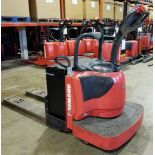 RAYMOND (2011) 8400 24V ELECTRIC RIDE-ON PALLET JACK WITH 6000 LB. CAPACITY, 6988 HOURS (RECORDED AT