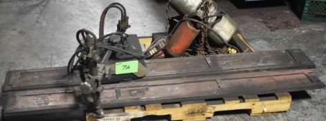 LOT/ OXY-ACETYLENE TRACK CUTTER WITH TRACK