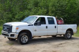 FORD (2012) F350 XLT CREW CAB PICKUP TRUCK WITH POWERSTROKE 6.7LITER TURBO DIESEL ENGINE, AUTO