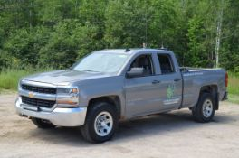 CHEVROLET (2017) SILVERADO 1500 LS EXTENDED CAB FOUR DOOR PICKUP TRUCK WITH 5.3LITER V8 GAS