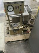 PASADENA MANUAL HEATED BENCH-TYPE HYDRAULIC PRESS, S/N: N/A [RIGGING FEES FOR LOT #20 - $50 USD PLUS