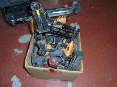 LOT/ PNEUMATIC NAIL/STAPLE GUNS