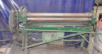 MFG UNKNOWN POWERED SLIP ROLLS, NOT IN SERVICE, S/N N/A [RIGGING FEE FOR LOT #15 - $25 CAD +