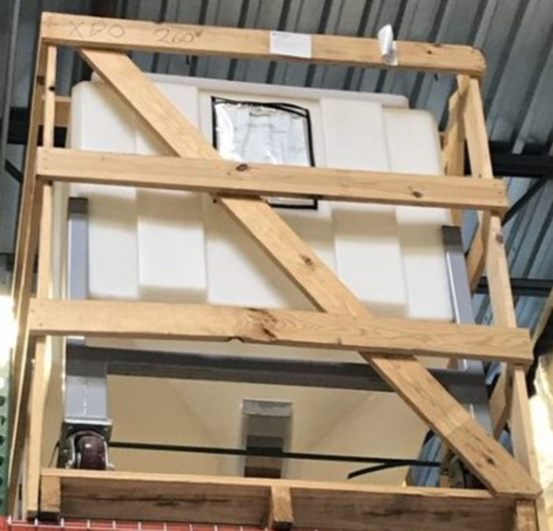 PORTABLE MATERIAL STORAGE BIN [RIGGING FEES FOR LOT# 39 - $25 USD PLUS APPLICABLE TAXES]