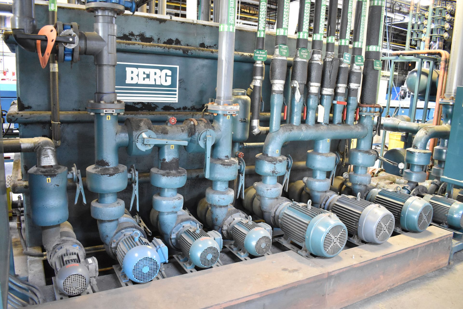 """BERG CT-1146 SKID MOUNTED CHILLER PUMP SET WITH 93 HP, 132""""X48""""X76""""H TANK, BERG 20 HP AUXILIARY - Image 2 of 6"""
