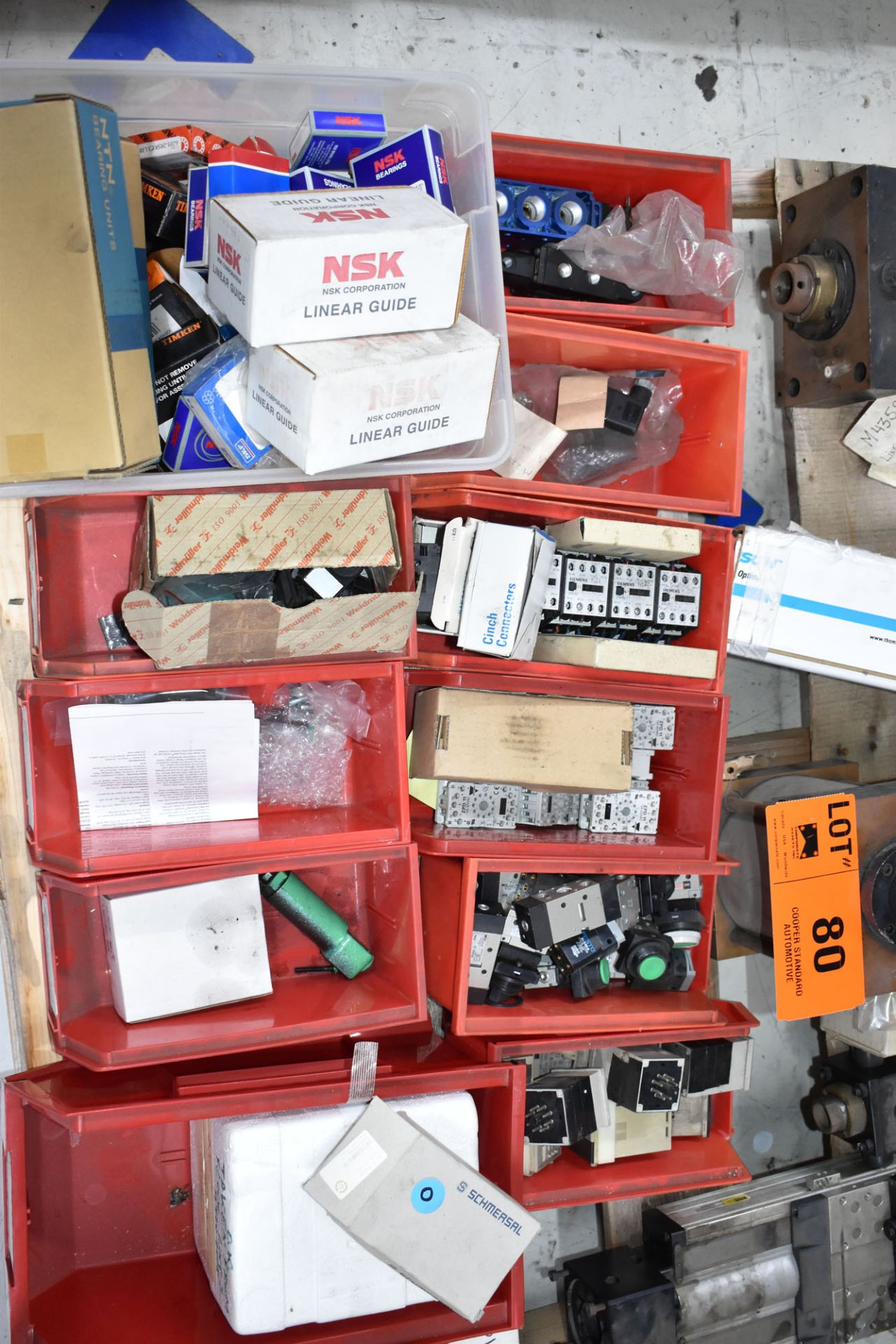 LOT/ PALLET WITH CONTENTS CONSISTING OF BEARINGS, CYLINDERS, AND EXTRUDER LINE COMPONENTS - Image 2 of 5