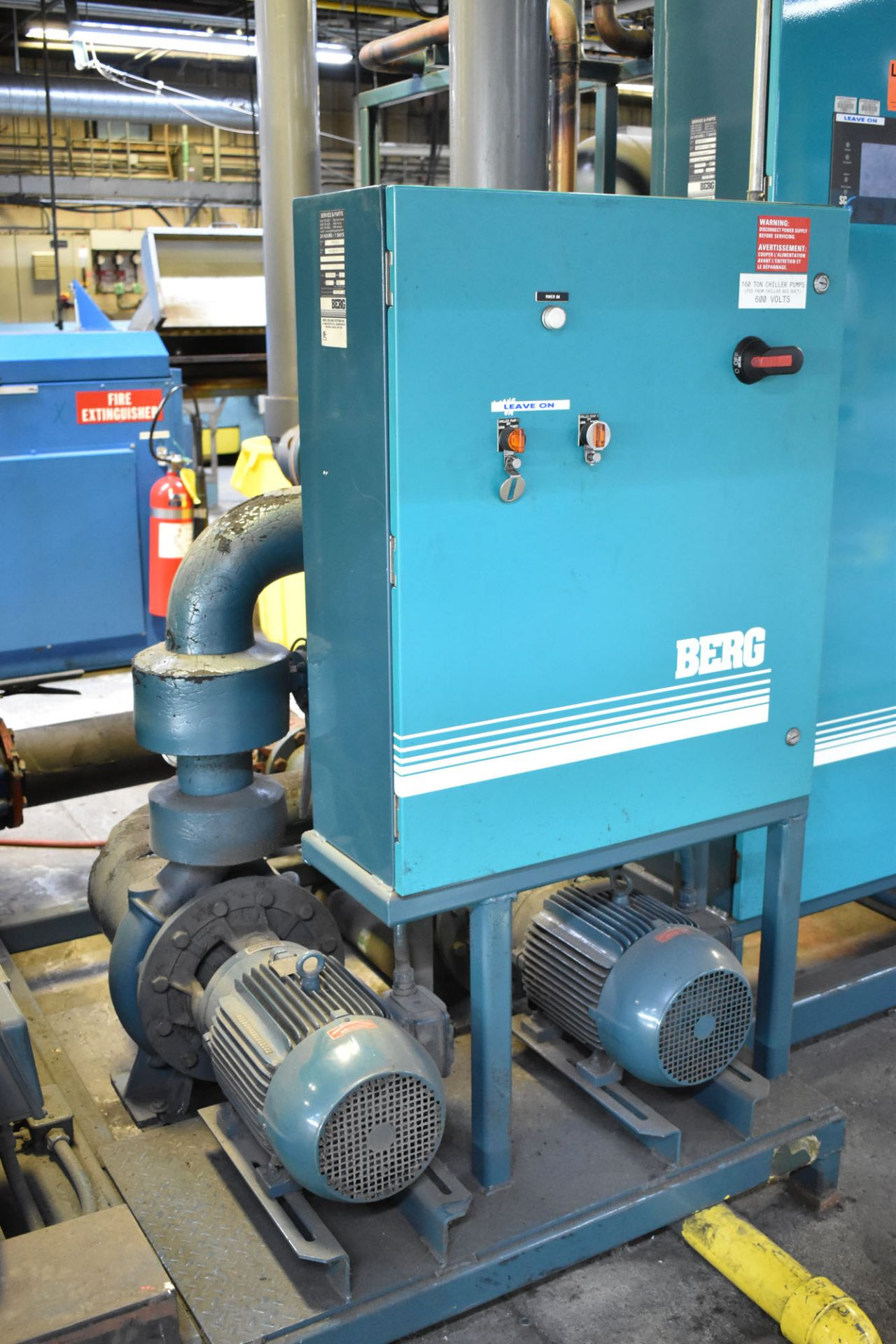 """BERG CT-1146 SKID MOUNTED CHILLER PUMP SET WITH 93 HP, 132""""X48""""X76""""H TANK, BERG 20 HP AUXILIARY - Image 3 of 6"""