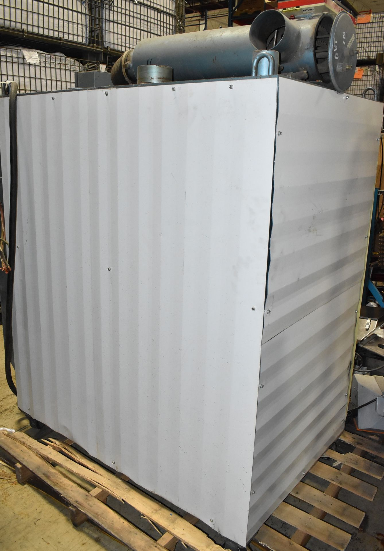 CONAIR D600H831 DEHUMIDIFYING DRYER, S/N: 4D1872 (LOCATED IN BRAMPTON, ON) [RIGGING FEES FOR LOT # - Image 3 of 4