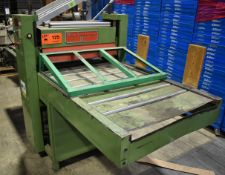 VISUAL THERMO FORMING T-28-1 ROLLER CUTTING PRESS, S/N: 1927 (CI) (LOCATED IN BRAMPTON, ON)