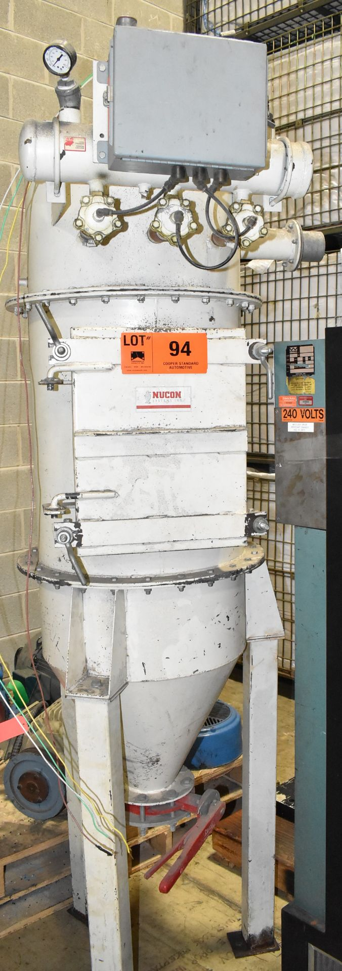 NUCON DRYER HOPPER (LOCATED IN BRAMPTON, ON) [RIGGING FEES FOR LOT #94 - $50 CAD PLUS APPLICABLE