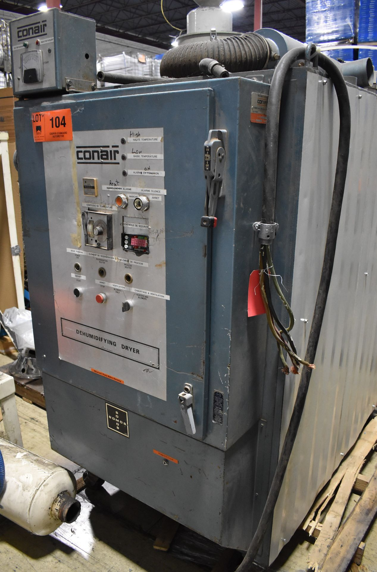 CONAIR D600H831 DEHUMIDIFYING DRYER, S/N: 4D1872 (LOCATED IN BRAMPTON, ON) [RIGGING FEES FOR LOT #